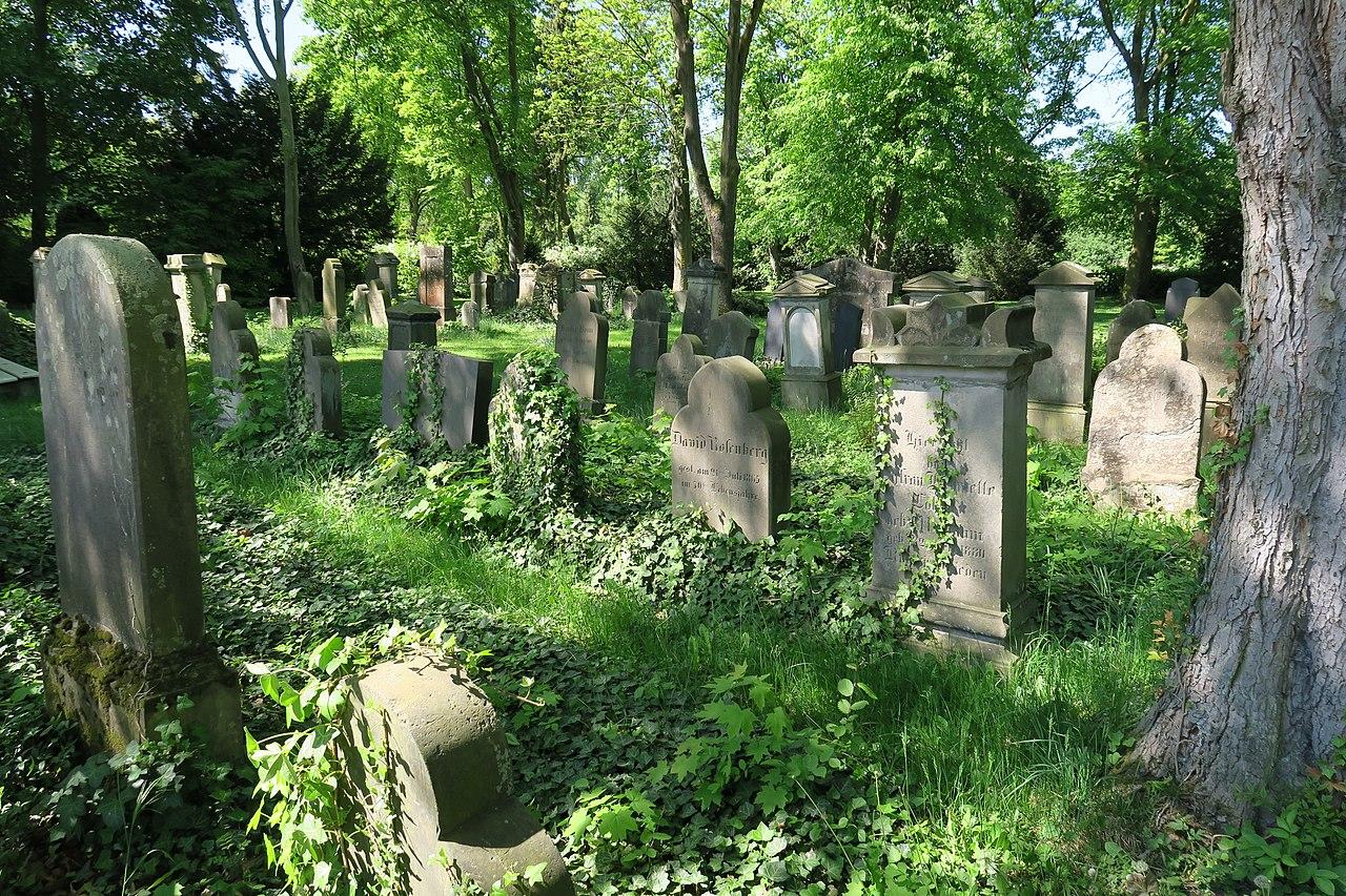 Jüdischer Friedhof Ahlen.01.nnw.jpg