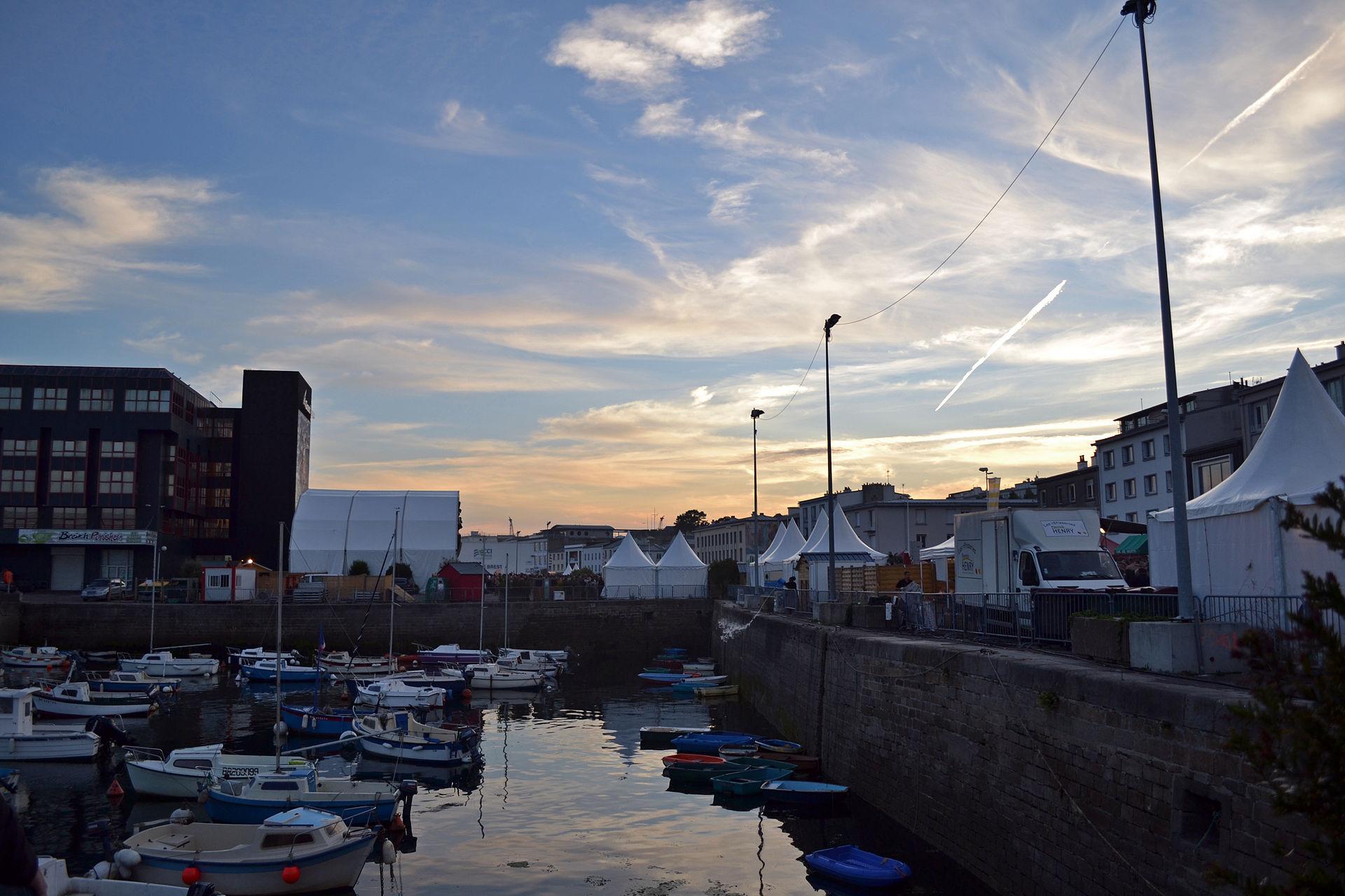 Jeudis du port wikip dia - Reduction rue du commerce frais de port gratuit ...