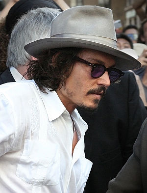 English: Johnny Depp at the Pirates of the Car...