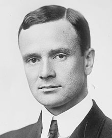 http://upload.wikimedia.org/wikipedia/commons/thumb/f/fc/Joseph_Medill_Patterson.jpg/220px-Joseph_Medill_Patterson.jpg
