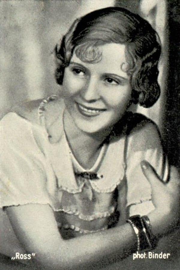 Photo Josette Day via Wikidata