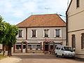 Jouy-FR-89-restaurant-19.jpg