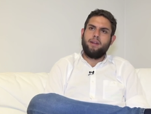 Juan Requesens talking to VOA in 2017.png