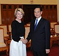 Julie Bishop with Nguyen Tan Dung 2014.jpg