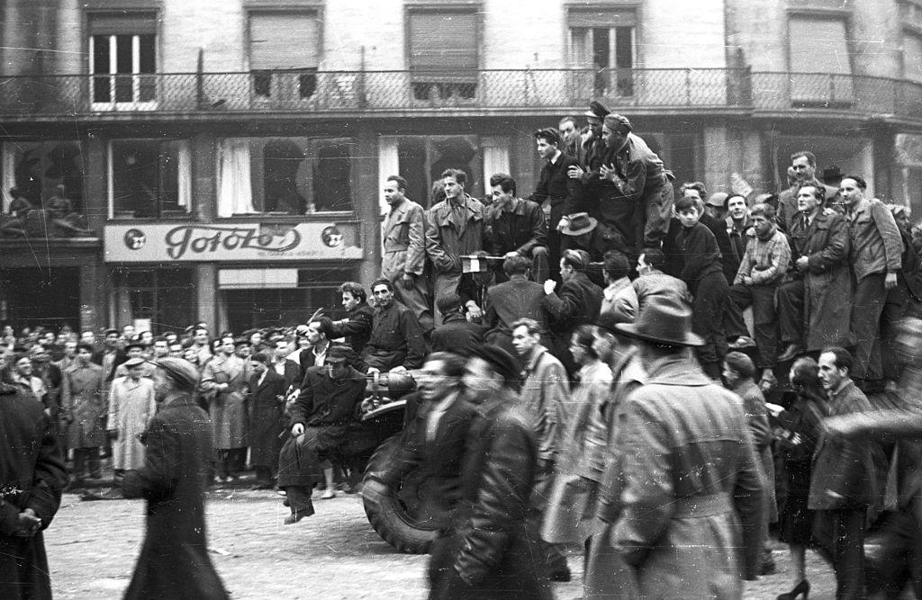 Insurrection de Budapest en 1956, enthousiasme et espoir. FOTO:FORTEPAN / Nagy Gyula