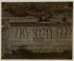 KITLV 28263 - Isidore van Kinsbergen - Relief on the east side of Panataran, Kediri - 1867-02-1867-06.tif