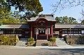 Kagoshima-jingu, chokushiden-1.jpg