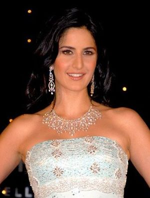 English: Katrina Kaif at the Nakshatra jewelry...