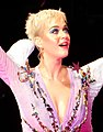 Katy Perry at Madison Square Garden (23615647178) (cropped).jpg