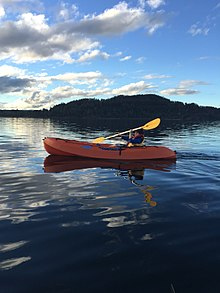 Kayak in Pangupulli lake.jpg