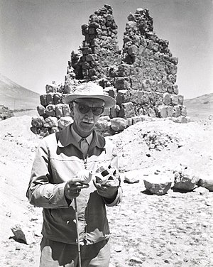 Kazimierz Michałowski - Kazimierz Michałowski on excavation site in Palmyra, 1962