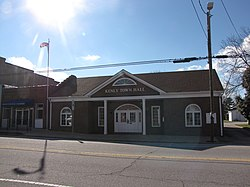 Kenly Town Hall.JPG