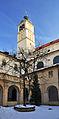 Klaster sv Jakuba.jpg