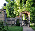 Klein Glienicke Klosterhof Park-Eingang.jpg
