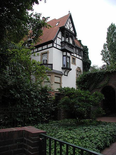 File:Koeln-Lindenthal-018.jpg
