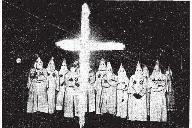 Ku Klux Klan ceremony in London, Ontario