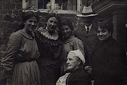 Lady Henry Somerset with Hannah Whitall Smith, Mary Brenson, Logan Pearsall Smith, Karin Stephen and Ray Strachey.jpg
