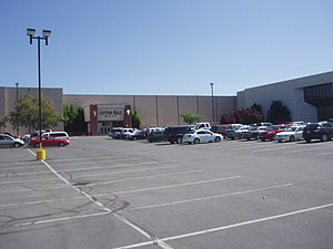 Layton Hills Mall - Mall entrance in 2008
