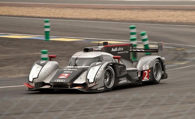 Archivo:Le Mans 2011 Audi Sport Team Joest R18 2.jpg