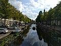 Leiden - Overzicht Rapenburg en zicht op de Nonnenbrug.jpg