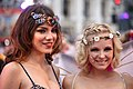 Life Ball 2014 red carpet 054 Amina Dagi Stephanie Meier-Stauffer.jpg