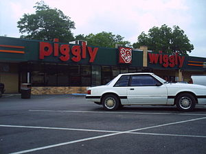 Lineville Alabama USA, Piggly Wiggly grocery s...