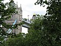 "London, Sicht vom London Tower auf die Tower Bridge - panoramio - Sebastian ""sebrem"" B….jpg"