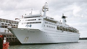 Atlantic Star (cruise ship) - Sky Princess in Auckland, New Zealand in February 2000