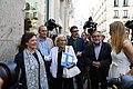 Madrid recuerda al pintor Eduardo Arroyo con una placa en la casa donde nació 02.jpg