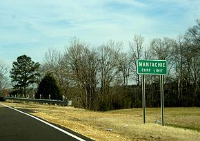 Mantachie, Mississippi city limits.jpg