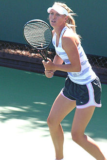 220px-Maria_Sharapova_practicing_at_Bank_of_the_West_Classic_2010-07-25_3