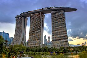 Marina Bay Sands from Gardens by the Bay (south) (8058901371).jpg