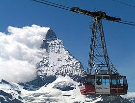 Matterhorn Gondel aufgehellt.jpg