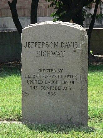 Maury Street Marker, Jefferson Davis Highway - Maury Street Marker, Jefferson Davis Highway, July 2011
