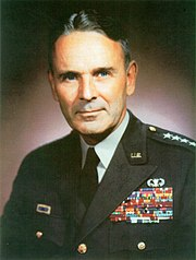 Maxwell D Taylor official portrait