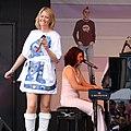Meike Gottschalk als Agnetha - ColognePride 2009 (2398).jpg