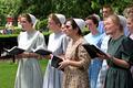 Mennonite choir in Dupont Circle -04- (50565772303).png