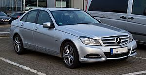 Mercedes-Benz C 200 CDI BlueEFFICIENCY Avantgarde (W 204, Facelift) – Frontansicht, 24. März 2012, Velbert.jpg