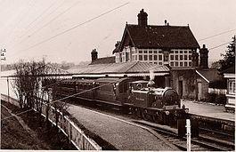 Midhurst railway station httpsuploadwikimediaorgwikipediacommonsthu