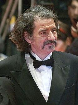 Miki Manojlović (cropped).jpg