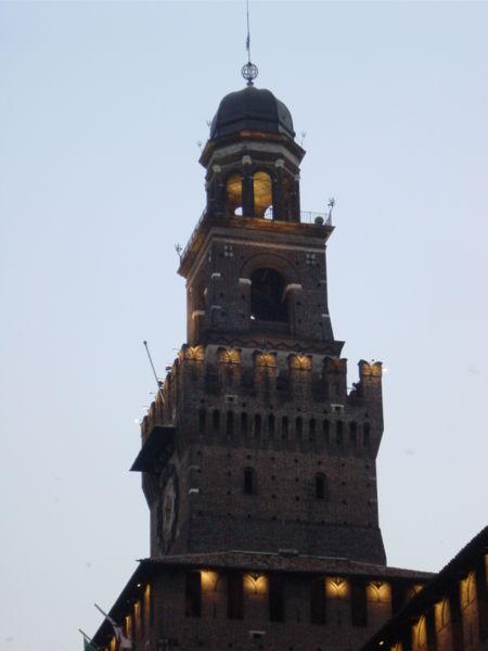 Image:Milano - Castello sforzesco - Torre del Filarete - Foto Giovanni Dall'Orto 11-giugno-2006.jpg