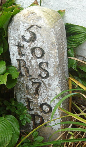 Richard Wall house - Image: Mile marker at wall house