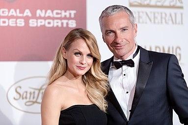 Mirjam Weichselbraun Rainer Pariasek Gala Nacht des Sports Österreich 2015 3.jpg
