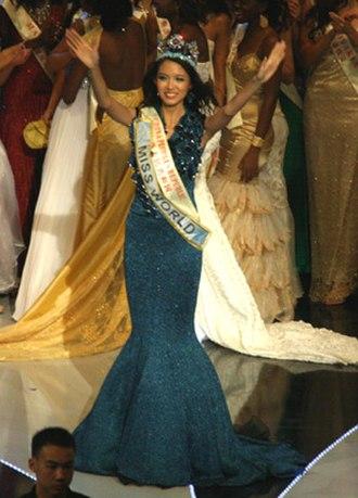 Zhang Zilin - Image: Miss World 07 Zi Lin Zhang