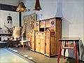 Mobilier art nouveau finlandais (musée du design, Helsinki).jpg