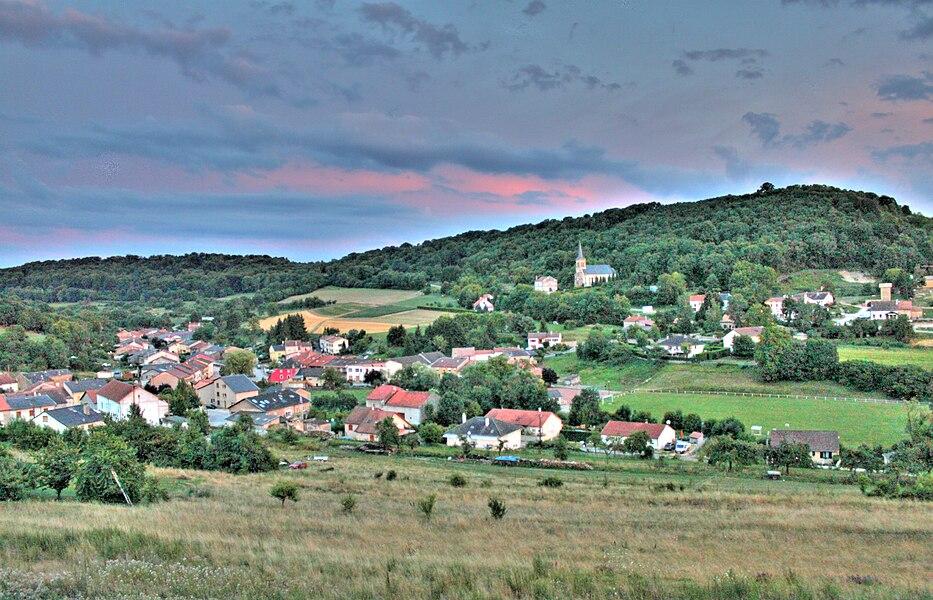 Montenach (by night).