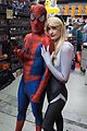 Montreal Comiccon 2016 - Spider-Man and Spider-Gwen (27633925603).jpg