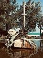 Monumento ai caduti del mare Roseto degli Abruzzi.jpg