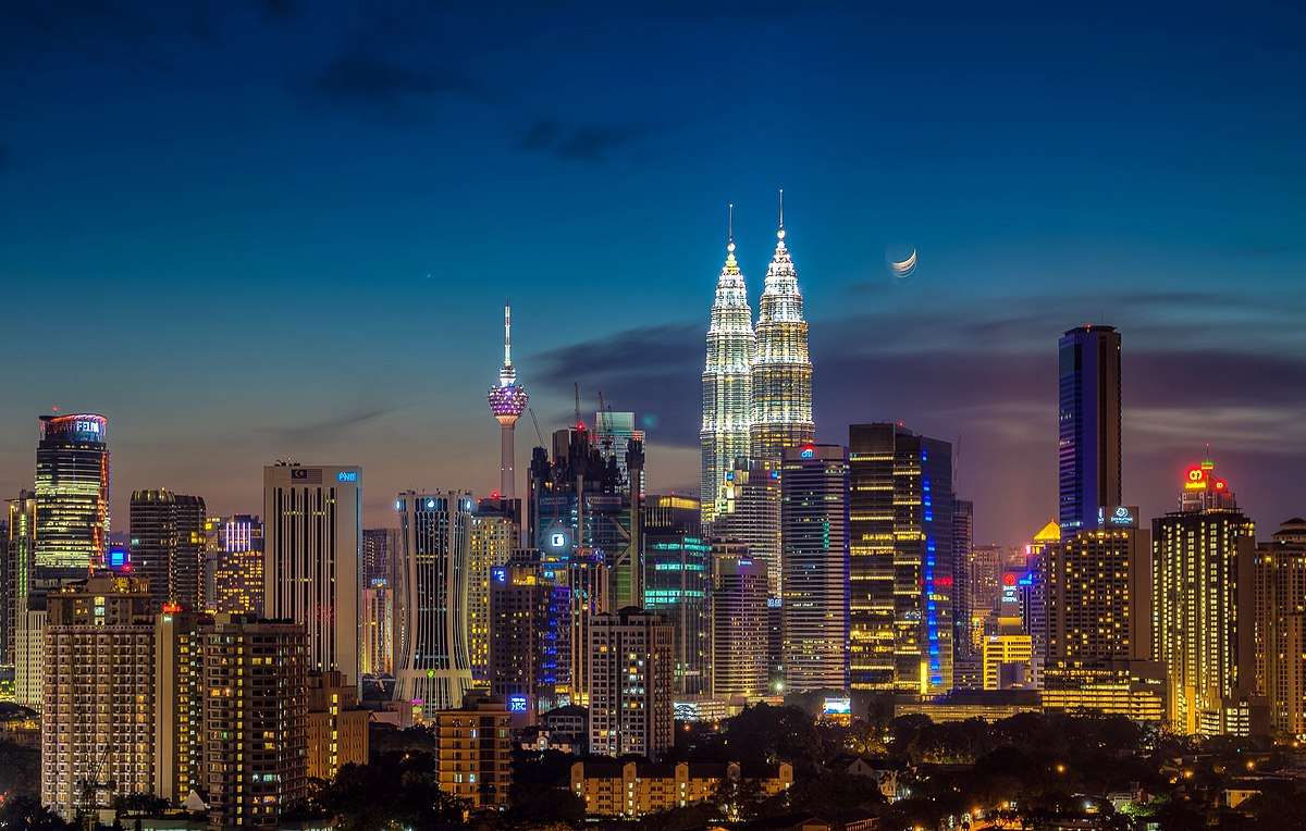malaysian economy ind asgnmt As a plural society, malaysia cannot afford to have considerable presence of  to  create a bumiputra commercial and industrial community (bcic) among the.