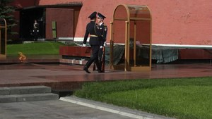 Файл:Moscow Changing of the Guard.webm